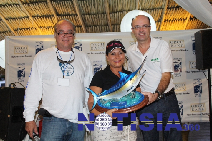 "22"" Blue Marlin Trophy / horizontal"