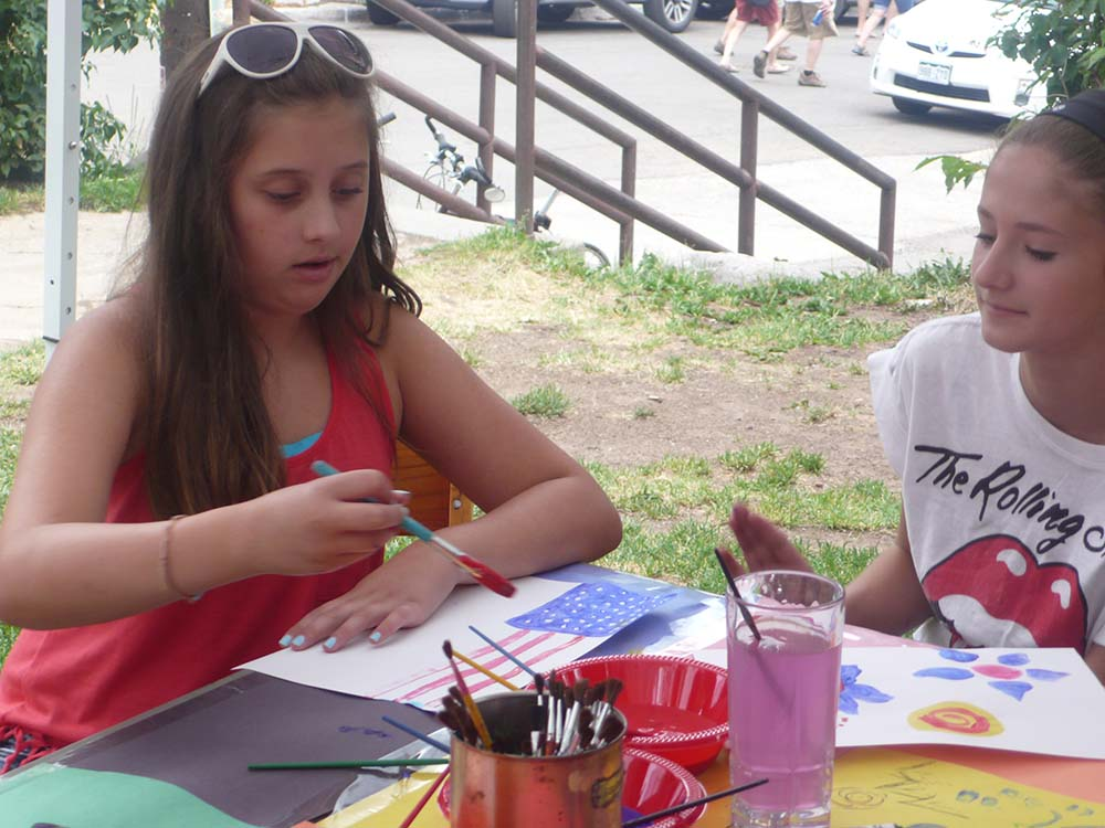 Kids paint en plein air!