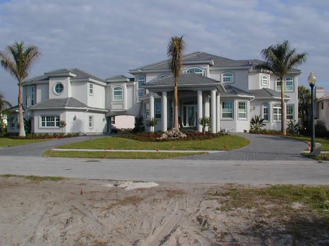 Custom Home in Gulfport