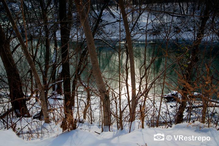 VRestrepo_Ice_Potomac_10.jpg