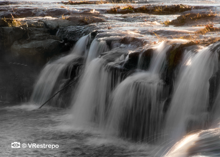 VRestrepo_Sandstone_falls_13.jpg