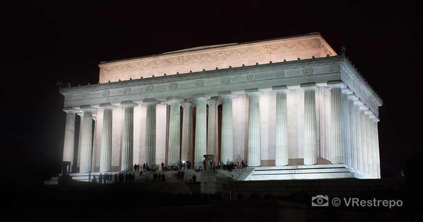 VRestrepo_Washington_DC_night_01.jpg