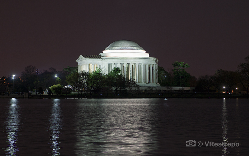 VRestrepo_Washington_DC_night_10.jpg