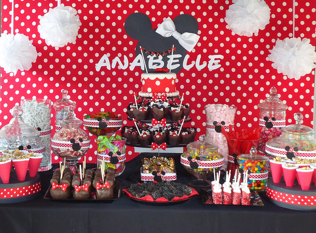 Minnie-Mouse-Sugar-Station.jpg